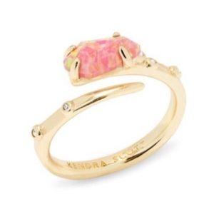 Kendra Scott Jewelry - KENDRA SCOTT JULIA RING GLD 657 NWT M/L
